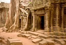 Angkor Temples & Vietnam Beach
